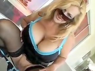 owesome milf group sex
