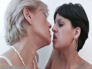 mature blonde dike acquires slutty making part1