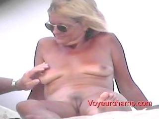 showed shore lady s teasing!