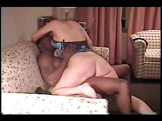 housewife likes the taste 2 (cuckold)