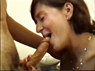 inexperienced lady cock sucking   tomi888