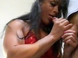 cougar moms bodybuilding