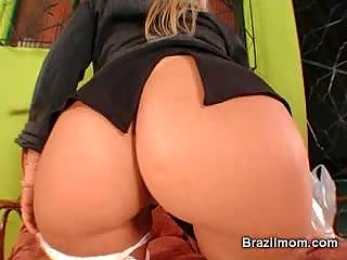 brazilian mature babe device her cave