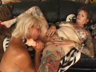 tattooed cougar homosexual women