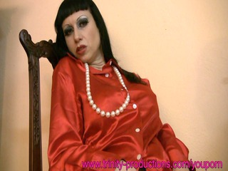 lady woman into pantyhose and satin dildoing