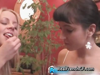 beautiful french teenage lesbos making part4