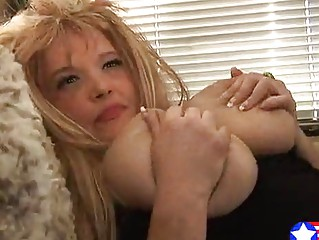 pink albino slutty inexperienced lady copulates