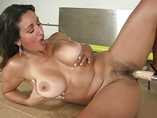 tanned slutty lady takes gangbanged by drilling