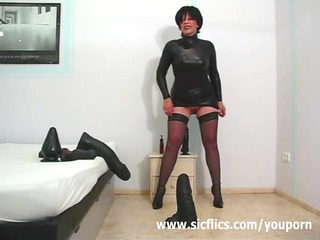 frustrated wife drilling massive dildos