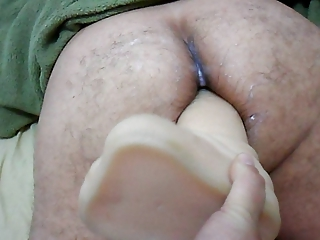 lady strapon on giant sex toy into arse your man