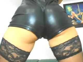 gabrielle dildoing her ass