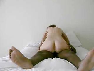 woman drives her hubby &; cums(cuck)