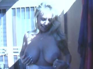 giant breast milf sucks the cum out