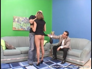 extremely impressive mommy bangs on cam for cash